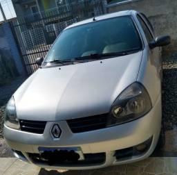Clio 2011 com ar condicionado aceito  carro ou moto de menor valor