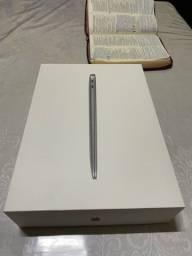 MacBook Air M1 8GB RAM 256ssd lacrado.