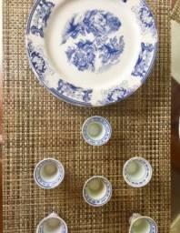 Título do anúncio: Conjunto porcelanas loucas para chá , jantar