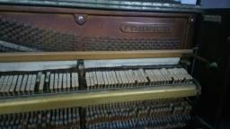 Piano Essenfelder pra quem conhece e gosta