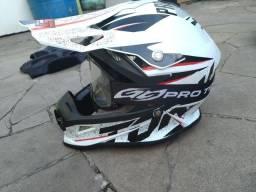 Capacete Motocross / Trilha 62