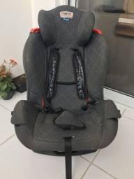 Cadeira de crianças para automóvel