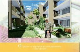 Village triplex em Itapuã composto de 4 suítes com 120m² e duas vagas de garagem.