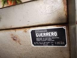 Título do anúncio: Maquina De Tricô Antiga + Rebobinador