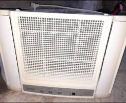 Ar condicionado de janela 7.500 btus