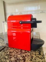 Máquina de café Inissia Nespresso