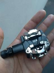Título do anúncio: Par de Pedal clip MTB semi-novo