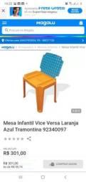 Vende-se  uma  mesa  com a cardeira  infantil usada mais conservada com