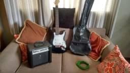 Guitarra Gianini sonic series com cx amplificada chrom 18w