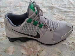 Título do anúncio: Tênis Nike Shox 41