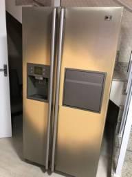 Refrigerador LG Side by Side 570L Home Bar Titanium