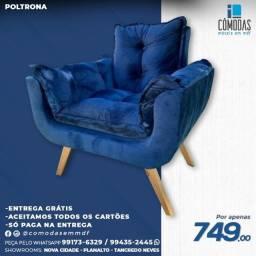 Título do anúncio: Poltrona Acolchoada Azul Marinho - A pronta entrega