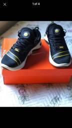 Tênis Nike - N° 42.