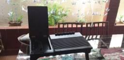 Mesa para Notebook , com entrada USB, luz de led, apoio para livro é celular.