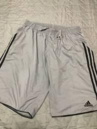 Título do anúncio: Calção Adidas Tamanho M