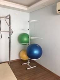 Suportes bolas pilates