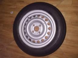 Vendo 1 roda montada aro 14 usada / obs somente uma