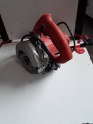 Máquina de cortar cerâmica