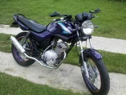 Yamaha Ybr 125 cc na cor ROXA - 2004