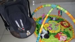 Bebê conforto + tapete de atividades