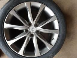 RODA aro 18 Hyundai Azera 2015 com pneu zero Hankook