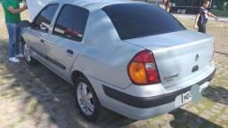 Relíquia * Clio sedan 1.6 Privilegio C/ apenas 39.000km ORIGINAL. - 2004