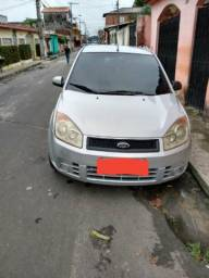Fiesta hatch completo financia com 2 mil ent - 2009