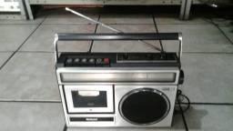 Rádio antigo national