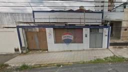 Casa com 3 dormitórios à venda, 370 m² - Alecrim - Natal/RN
