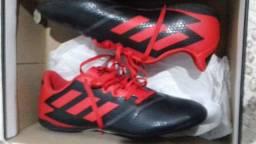 Tênis Adidas (Futsal)