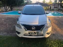 Nissan Versa SL 1.6 2018