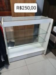 Vendo móveis de loja