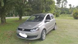 Vendo Volkswagen Fox 1.0 em perfeito estado - 2013