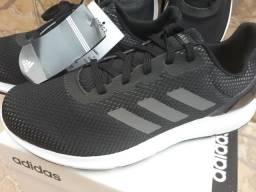 Tênis adidas original na cx sem uso