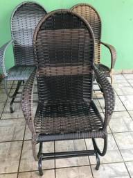 Cadeiras de balanço entrego