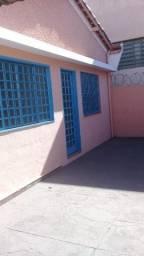 Aluga - Campos Eliseos