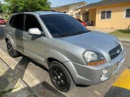 Camioneta familiar sem detalhes Hyundai Tucson as r