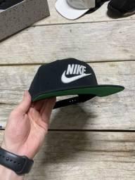 Boné Nike SnapBack Original Preto Aba Verde Zero Estado de Novo!