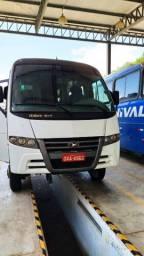 Micro-ônibus 4x4 2015
