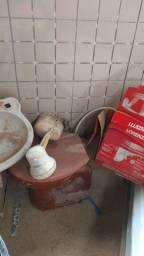 Coisa para banheiro usado