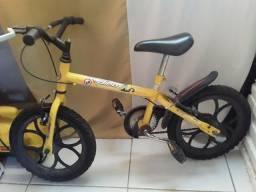 Bicicleta infantil 250,00