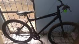 Bicicleta 26 de alumínio com marcha.