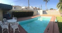 Casa grande em rua pavimentada! Com piscina, 200m²!!!