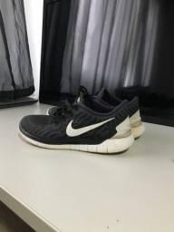 Tênis Nike free 5.0 usado