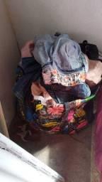Título do anúncio: Lote de roupas para bazar