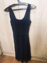 Peças de roupas diversas bazar calça vestido camisa brechó