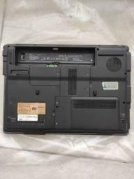 Título do anúncio: Notebook Compaq presario V3000 com defeito