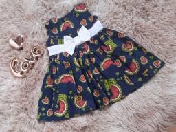 Vestidos infantis R$50,00