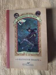 O elevador Ersatz - Desventuras em série