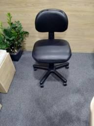Título do anúncio: Cadeira Black System Reformada